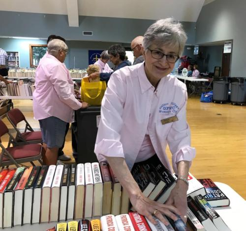 2019 04 26 Library Book Sale 11